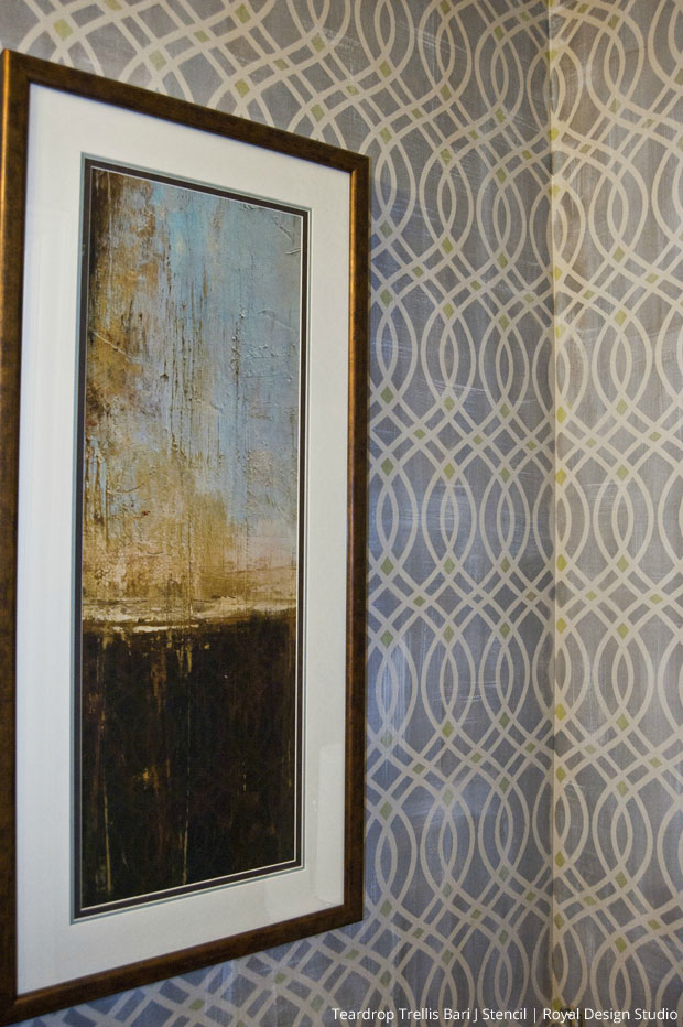 Stenciled Walls with a Linen Look via The Painted Room | Teardrop Trellis Bari JStencil by Royal Design Studio